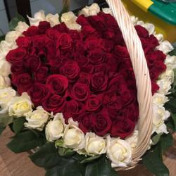 Букет «Сердце из 101 розы»